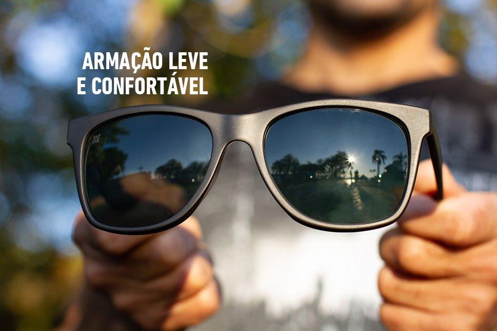 Óculos de Sol HUPI Luppa Armação Preto Fosco Lente Verde
